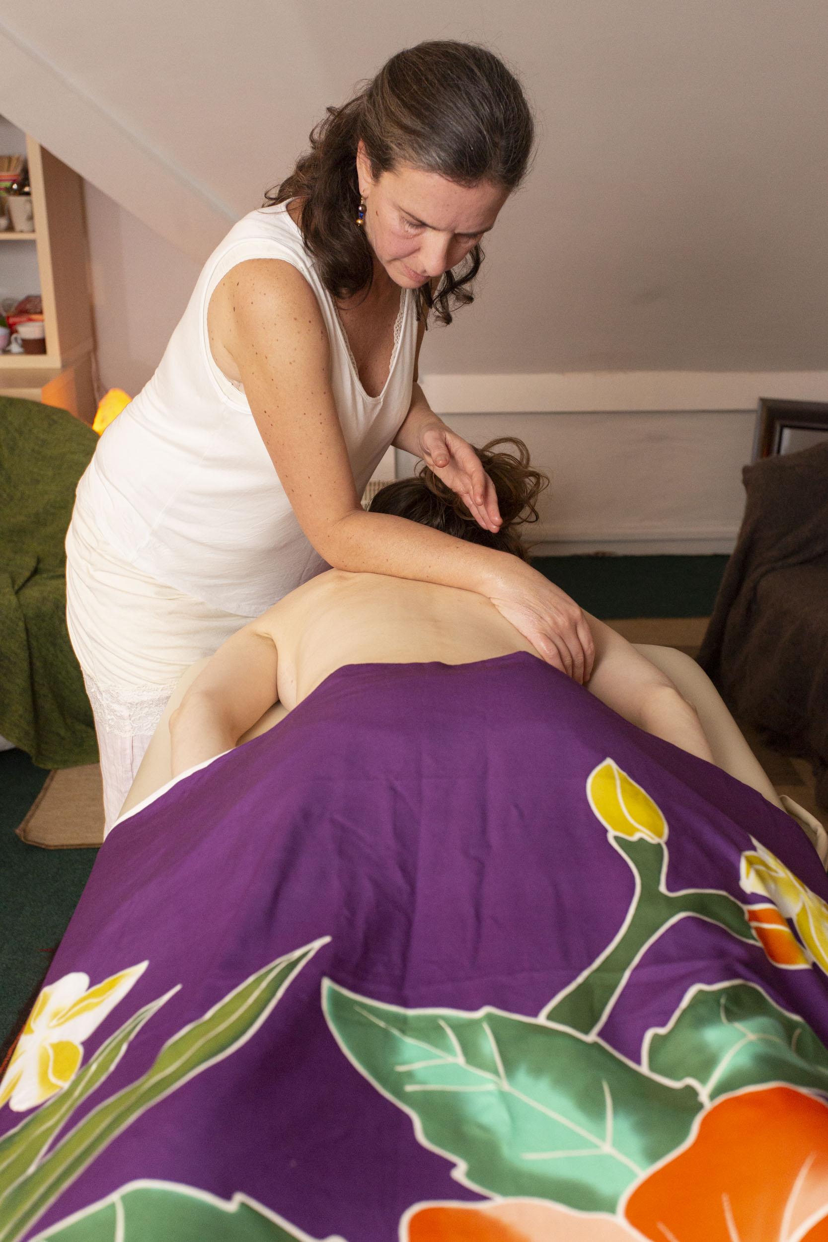 Hawaiian Lomi Lomi Massage, The Dublin Wellbeing Centre